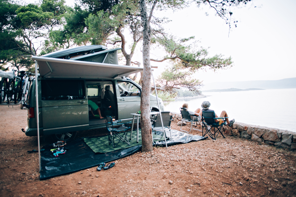 photo of a van picnic on the lake