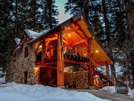 a photo of one the best cabins in utah