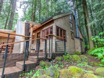 mount hood cabin in the woods on VRBO in oregon