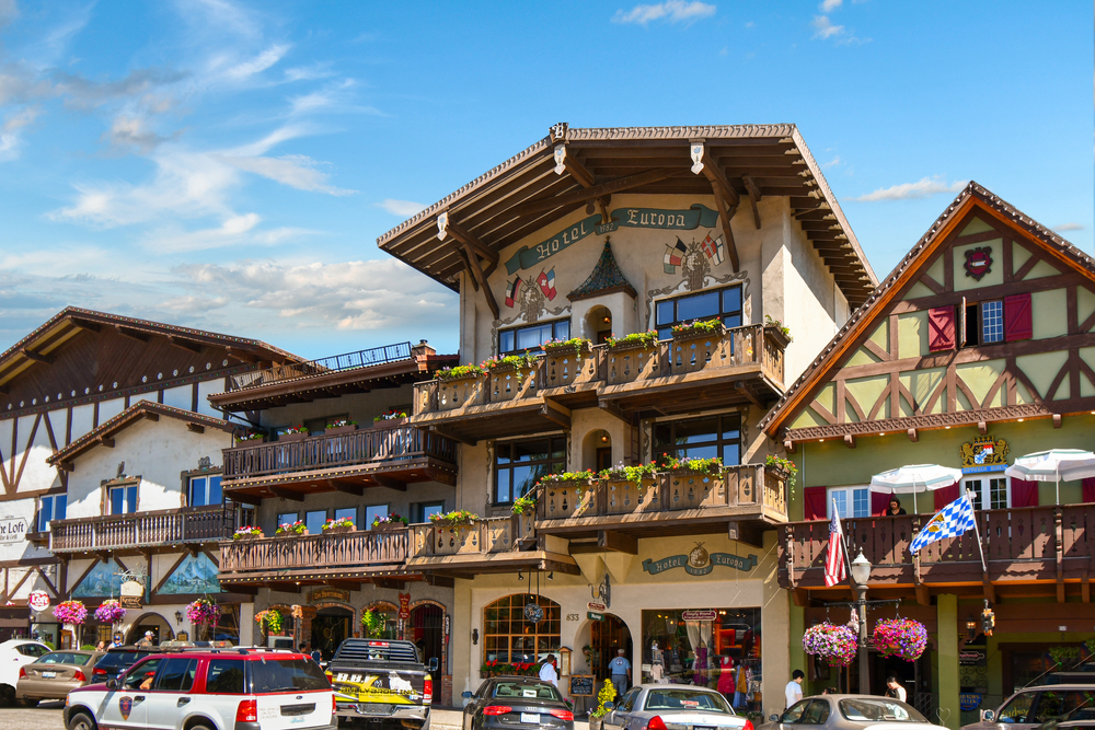 a photo of downtown leavenworth that looks like a little german town